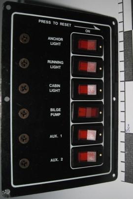 Панель на 6 вимикачів