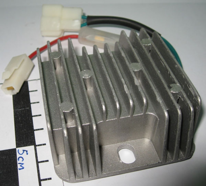 выпрямитель-стабилизатор к лодочному мотору