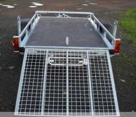 Причіп для транспортування квадроциклу
