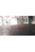 Пластикова плитка на підлогу складу